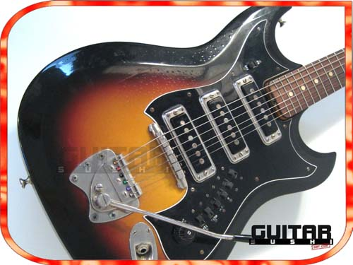Vintage 1965 Hagstrom III with very hard to find tremolo bar